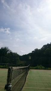うぐいす池公園テニスコートの空