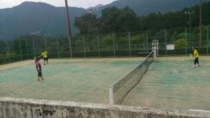 テニスを満喫中