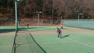 女性テニスプレーヤーもしっかりと参加